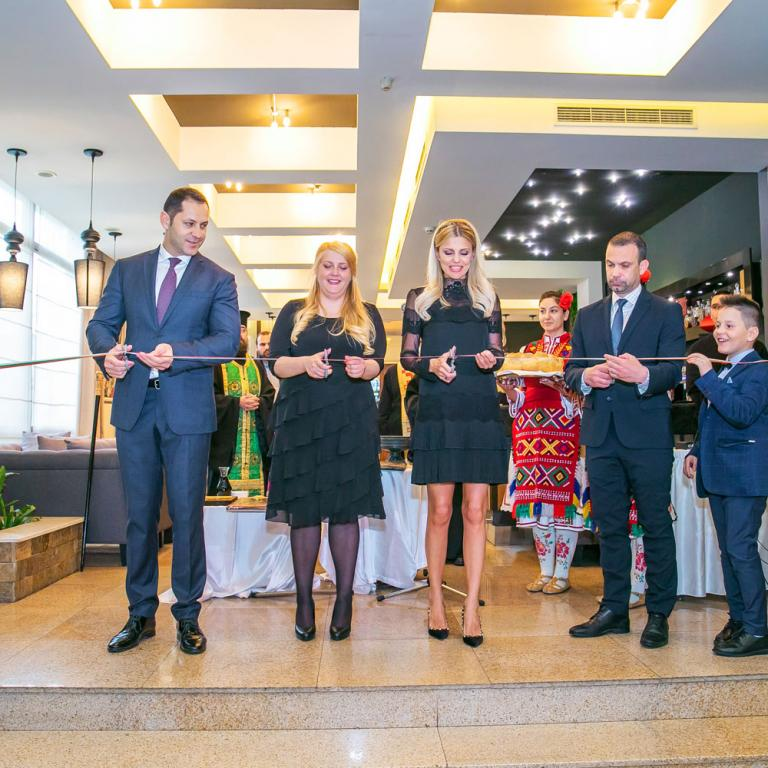 """Шарлопов Груп официално откри новата хотелска част в Парк Хотел """"Пирин"""", гр. Сандански"""